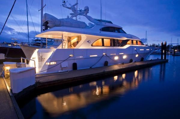 4 Tips for Photographing Your Yacht to Sell